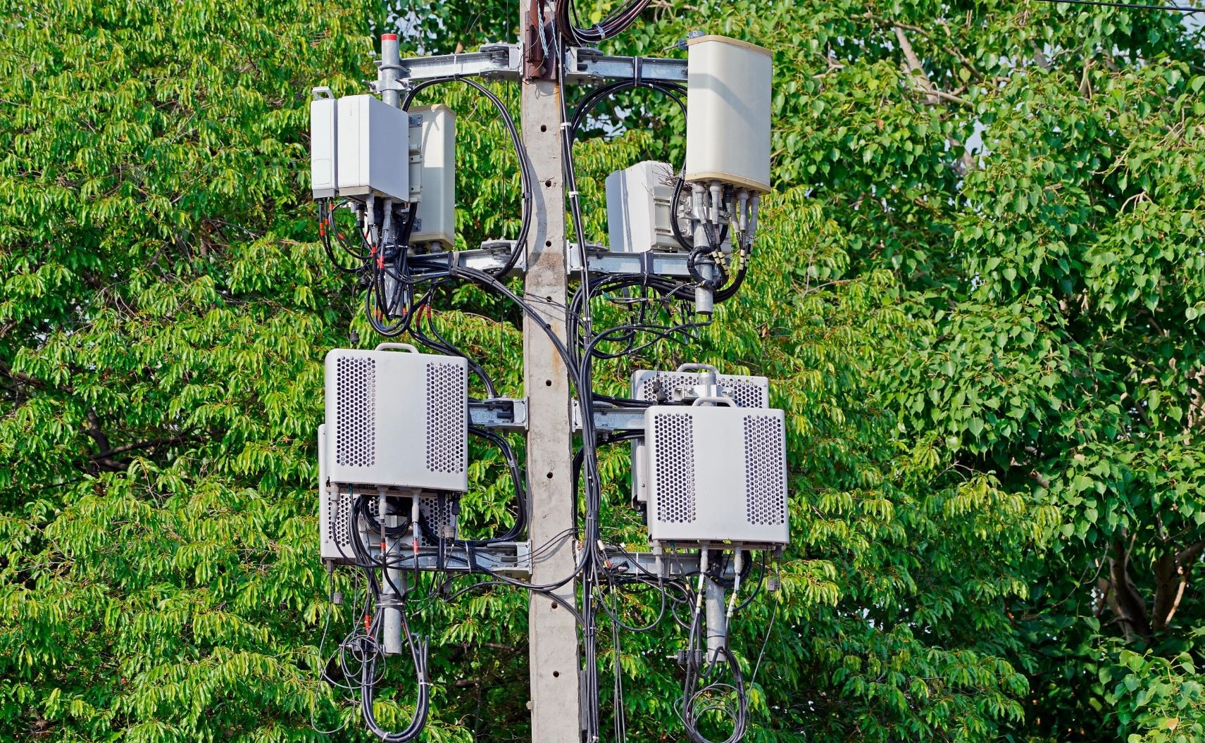 FCC Orders on Small Cell Regulation Upheld by Ninth Circuit